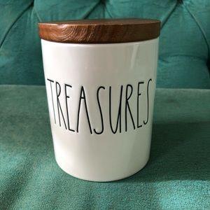 Rae Dunn treasures